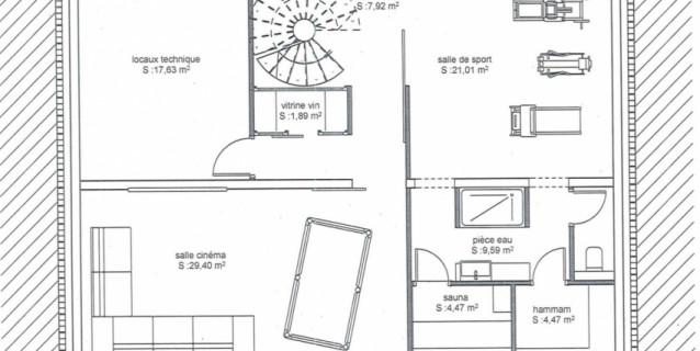 GRAND TERRAIN DE 2079 M2 AVEC PERMIS DE CONSTRUIRE POUR UN CHALET DE 400 M2, CHAMONIX
