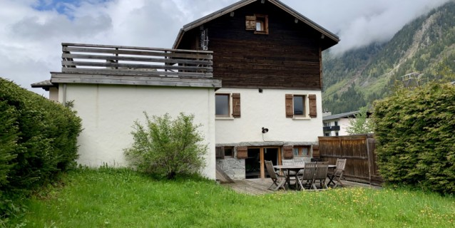 CHALET OF TWO APARTMENTS, CHAMONIX